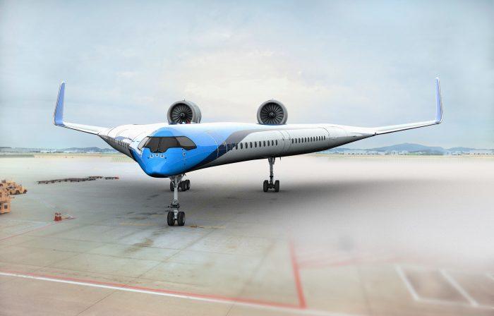 شکل هواپیمای وی شکل که بال و بدنه و کابین در یک ساختار ادغام شده اند